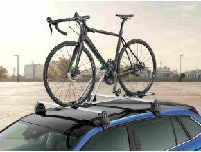 Porte vélo sur barre de toit