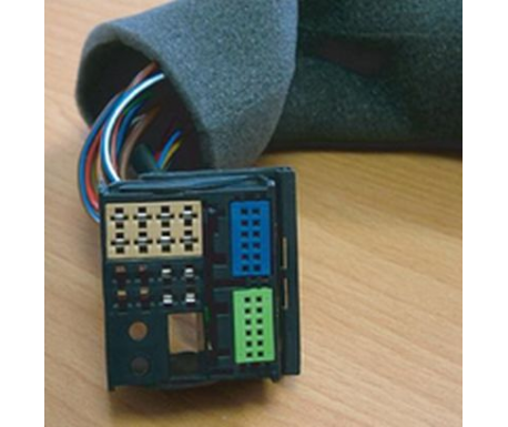 Câble d'interconnexion pour autoradio Skoda